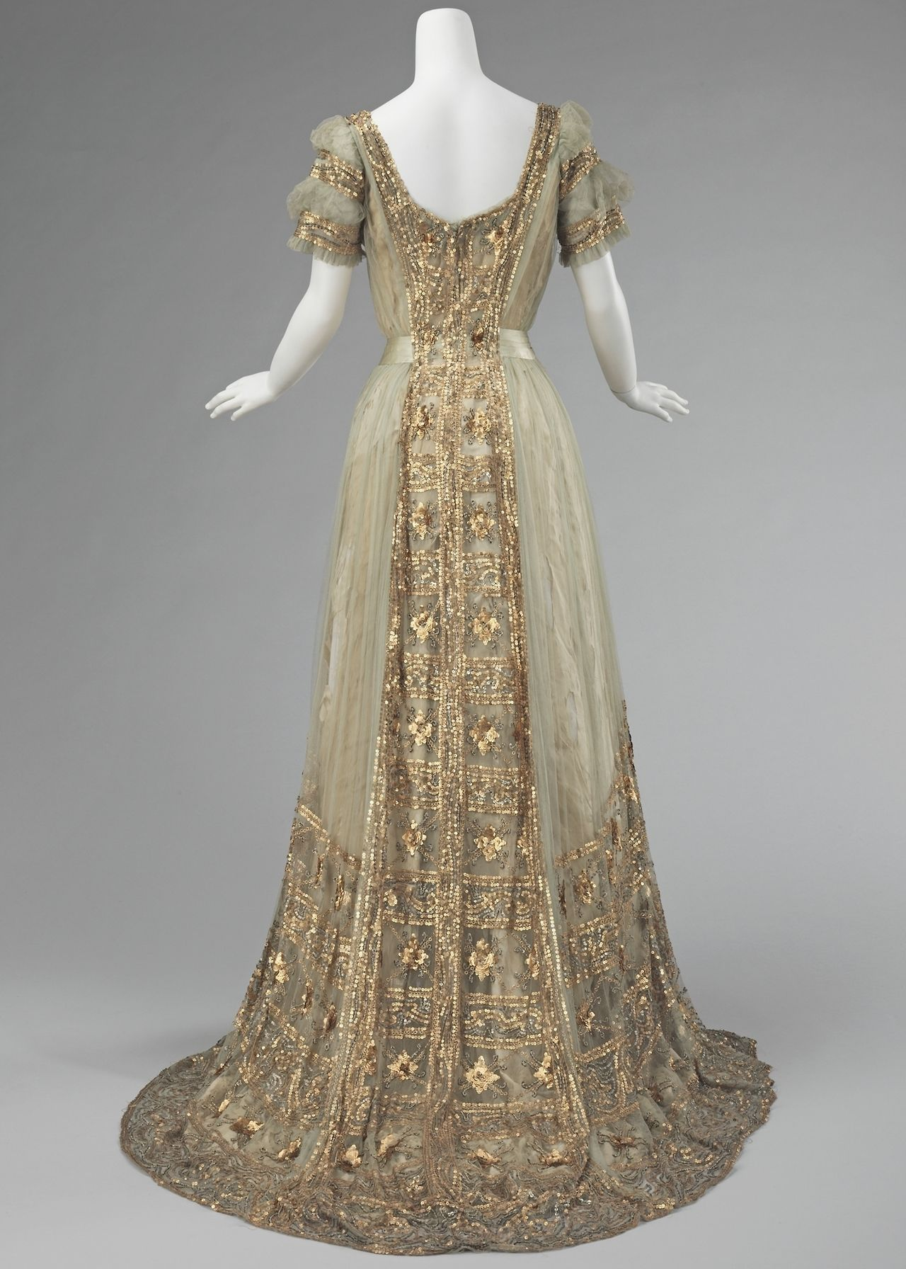 Ball Gown - Mrs. Osborn Company, 1910 : The over-the-top expression ...