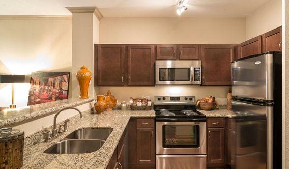 2 Bedroom Apartments Houston TX   Camden Midtown Apartments, Houston ...