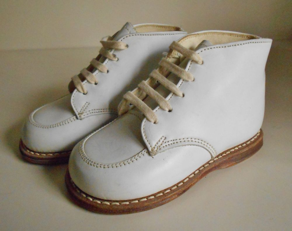 d275fea755 Vtg 50's DEAD STOCK POLL PARROT WHITE LEATHER HIGH TOP BABY WALKING SHOES SZ  4 #PollParrot #WalkingShoes