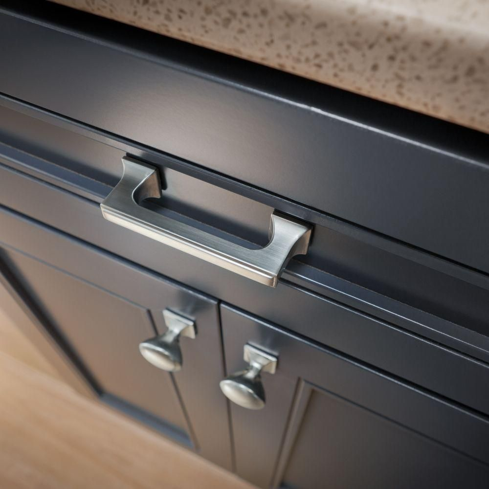 the liberty southampton satin nickel cabinet pull is perfect for uplifting old kitchen cabinets