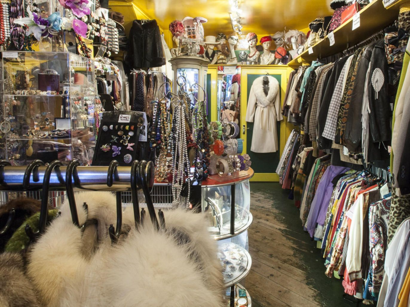 Vintage Shops In Central London London Shopping London England Travel London