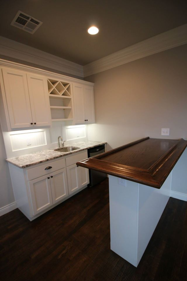 Game Room Bar With Benjamin Moore White Dove Trim And