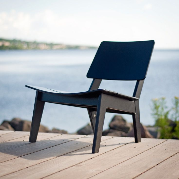 Lago Patio Lounge Chair Made 100 From Recycled Milk Jugs