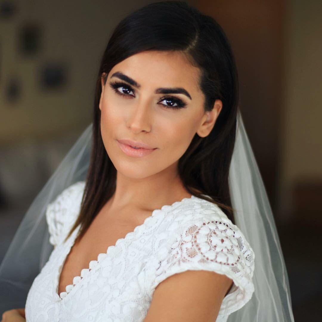 a66cb5f47517 Makeup  Loved the bridal makeup Sazan Hendrix had on her big day   rebeccaingramcontest  fijiairways  yasawaislandresort