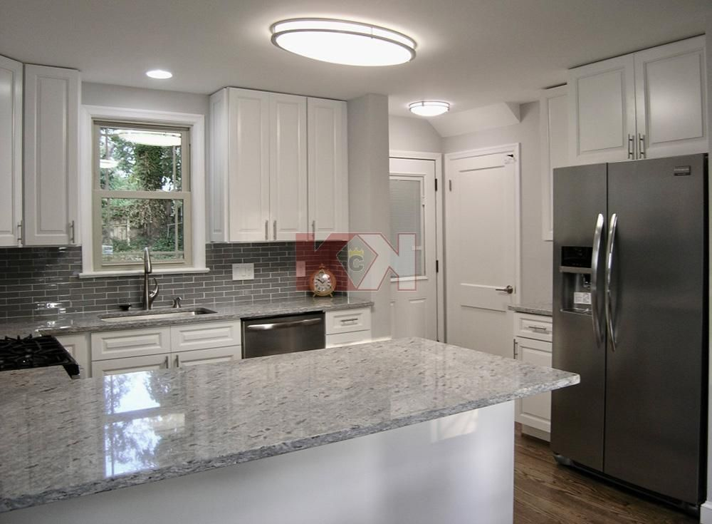 Best Gramercy White Cabinets By Kitchen Cabinet Kings Modern 400 x 300