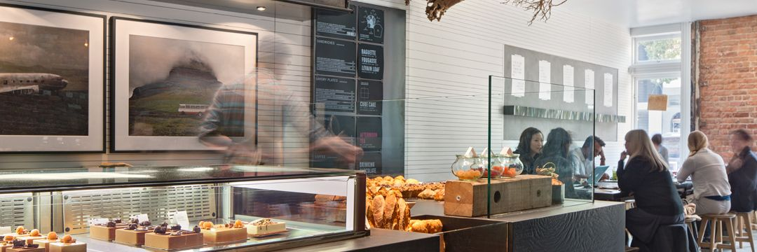 Craftsman and Wolves, a notion of Outfit Generic, is a contemporary pâtisserie located in San Francisco's vibrant Mission district.