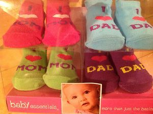 ☆ New Baby Essentials I Love Mom Dad Socks Booties 4 Pairs 0 6 Months Gift ☆ | eBay