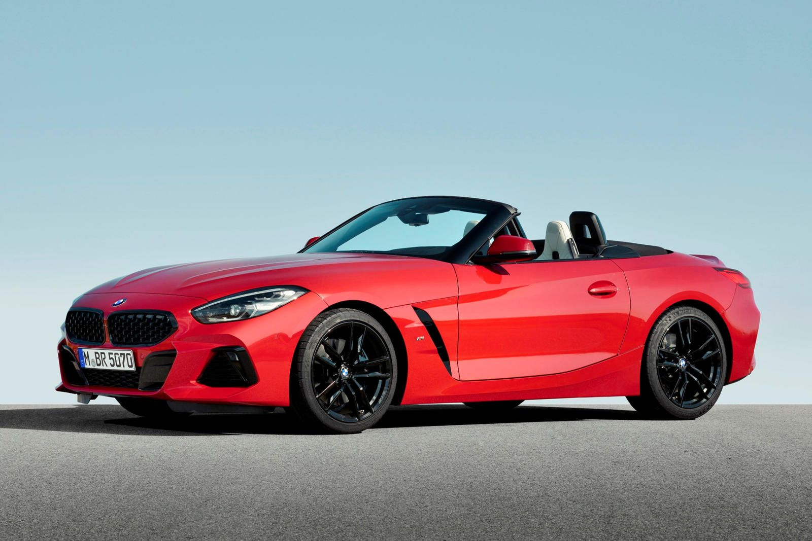 Check Out The New Bmw Z4 Roadster Test Drive Review Price Details Trims And Specs Overview Interior Features Exteri In 2020 Bmw Z4 Bmw Z4 Roadster Bmw