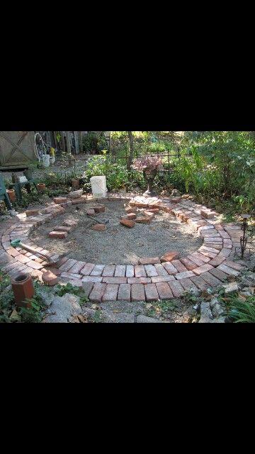 Circular patio