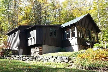 Charming Country Cabin By A Stream In Phoenicia Cabin Country Cabin Rustic Modern Cabin