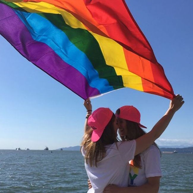 point mugu lesbian singles Meetups in point mugu nawc these are just some of the different kinds of meetup groups you can find near point mugu nawc sign me up  singles supper club .