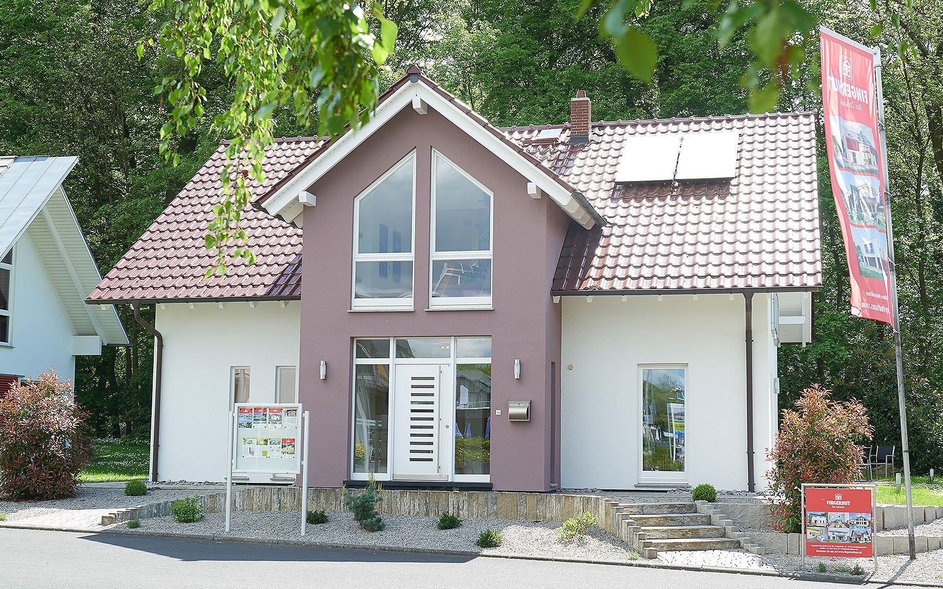 Musterhaus Bad Vilbel (3-Giebelhaus) von Fingerhut Haus GmbH & Co. KG