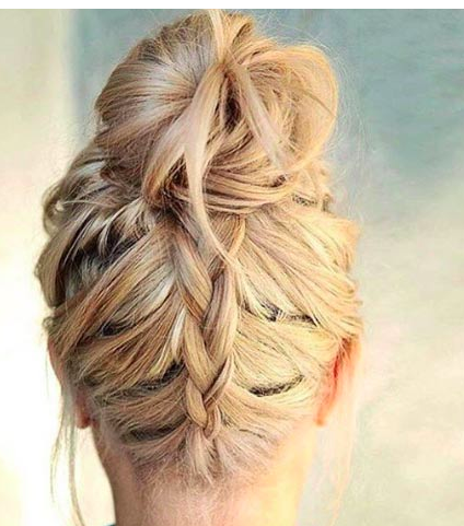 This Is An Easy Way To Put Your Hair Up For Workout While Rocking Your Hairstyle Gym Hairstyles Hair Styles Bridesmaid Hair Side Ponytail