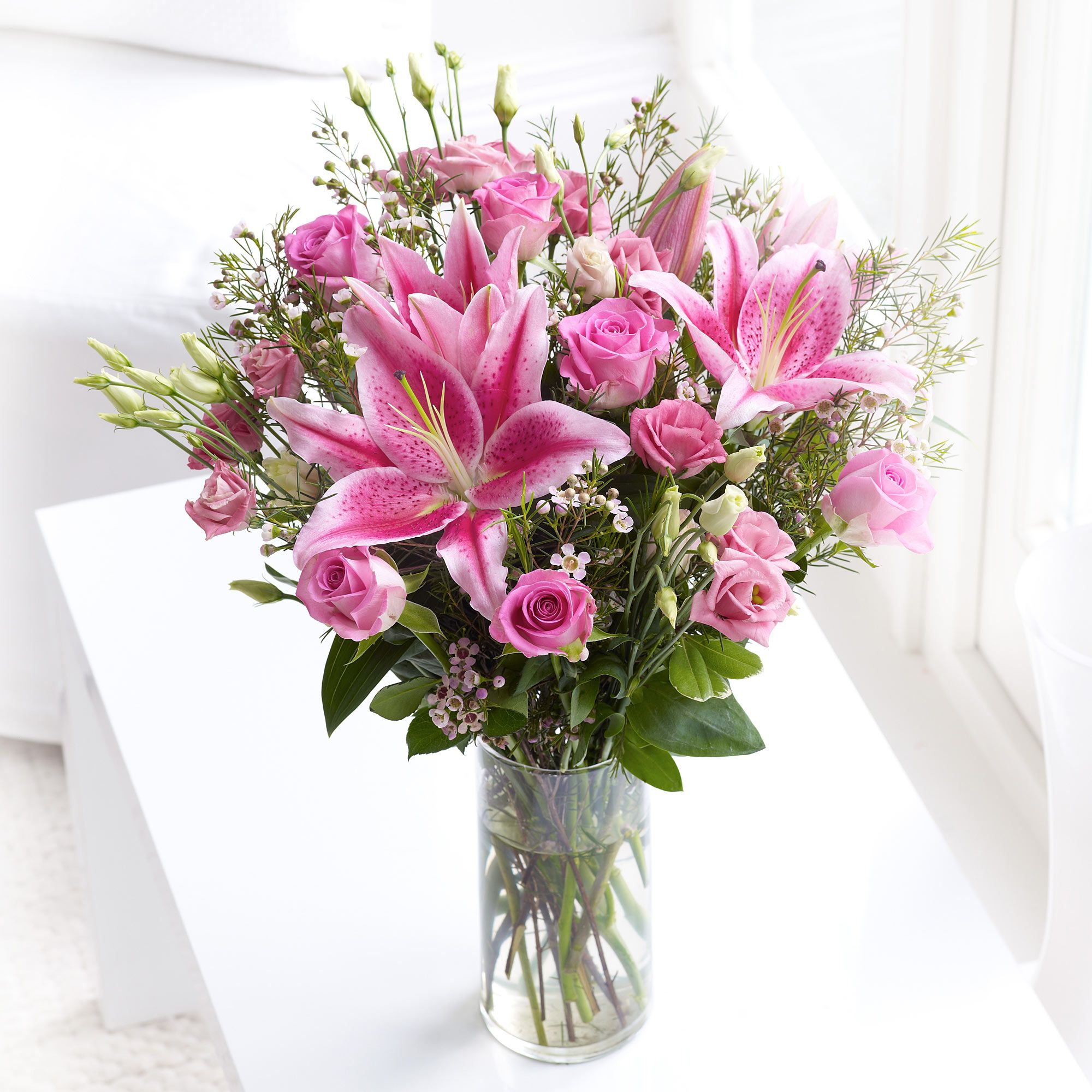 The exquisite combination of Kenyan roses and pink