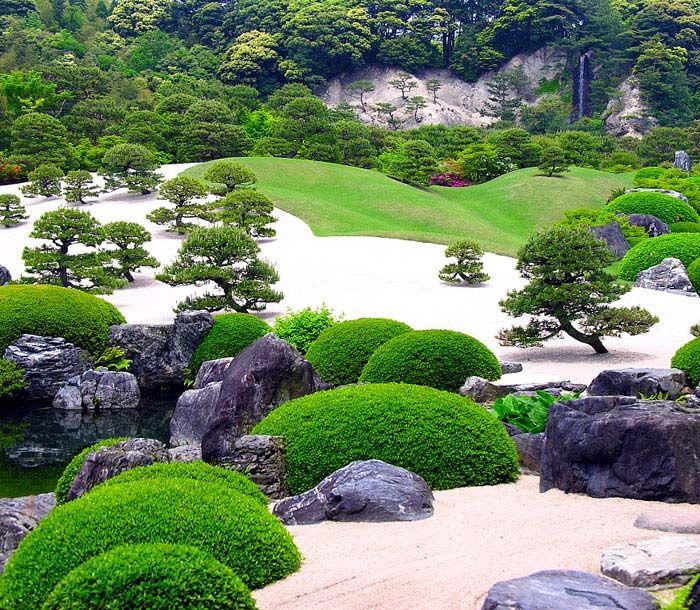 65 Philosophic Zen Garden Designs: Zen Gardens & Asian Garden Ideas (68 Images)