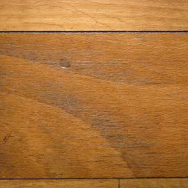 How to Clean Grooves in Wood Floors