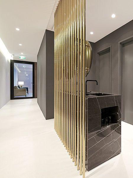 germany 2013 - health - marble - american walnut - puristic - indirect lighting - bathroom - sink - corridor - golden - wall panel - berlin - divider- zahnarzt praxis - marmor - indirekte beleuchtung - gold - raumtrenner