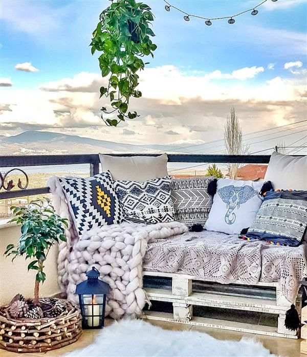 28 Elite Balcony Couch Design ideas With Pallets That Make ...