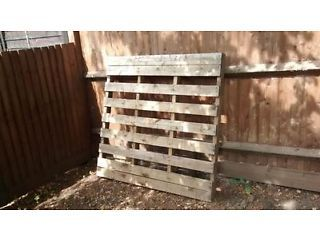 FREE wooden pallet | St Albans | Gumtree | Free wooden ...