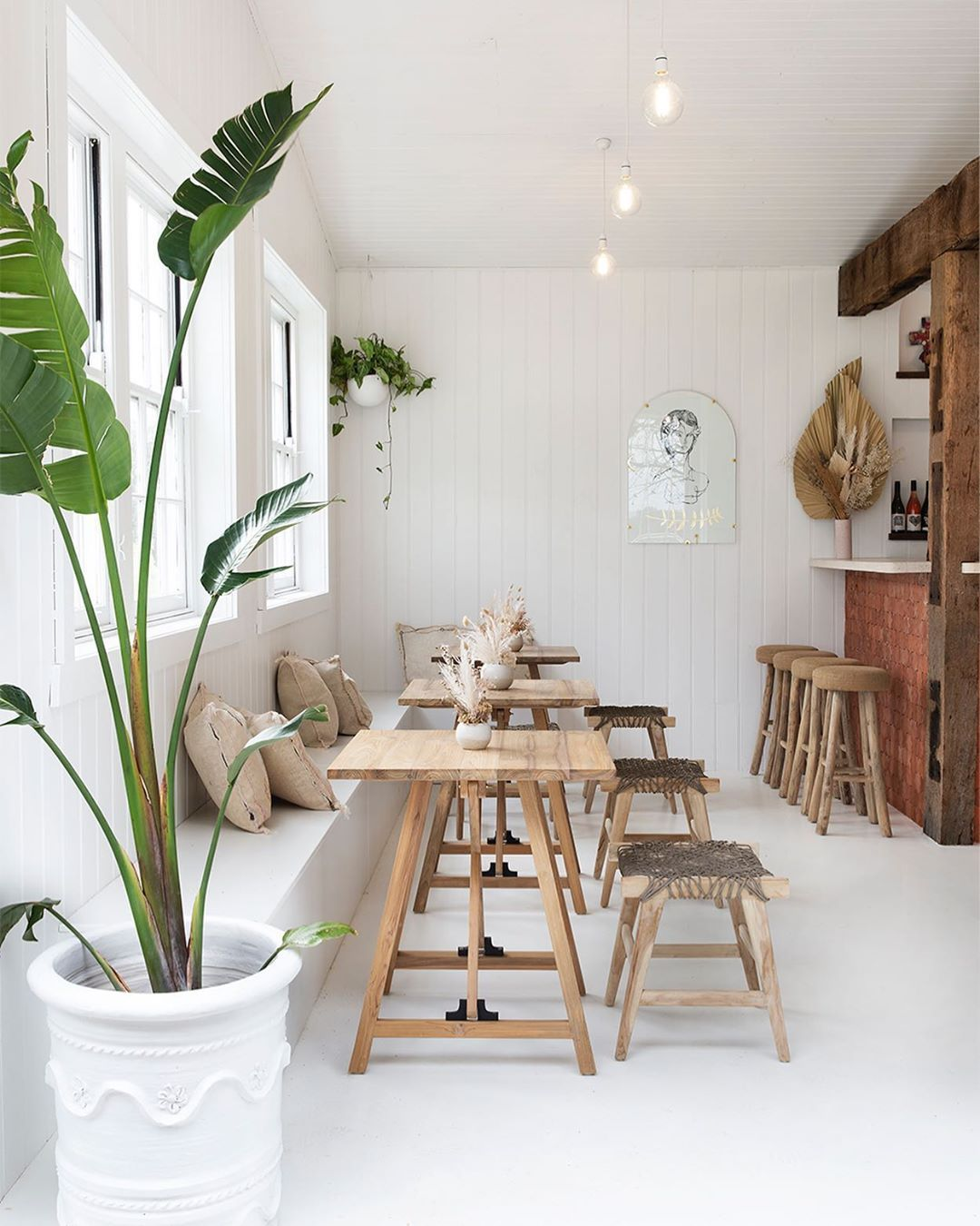 This Stunning Cellar Door Downtherabbitholewines Was Created By The Lovely Elisecook Domenicpalumbo Fea Cafe Interior Cafe Interior Design Interior Design