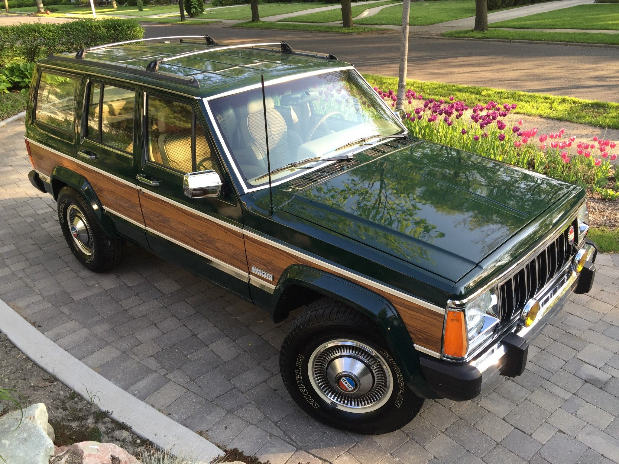this 1992 jeep cherokee briarwood is a high-mile driver that has
