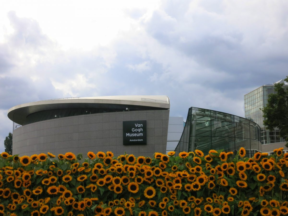 Van Gogh Museum Cultural Things To Do In Amsterdam Van Gogh Museum Amsterdam Netherlands Van Gogh