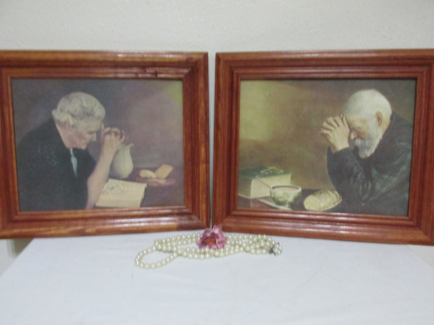 Pictures Grace And Gratitude Old Man And Old Woman Praying Over