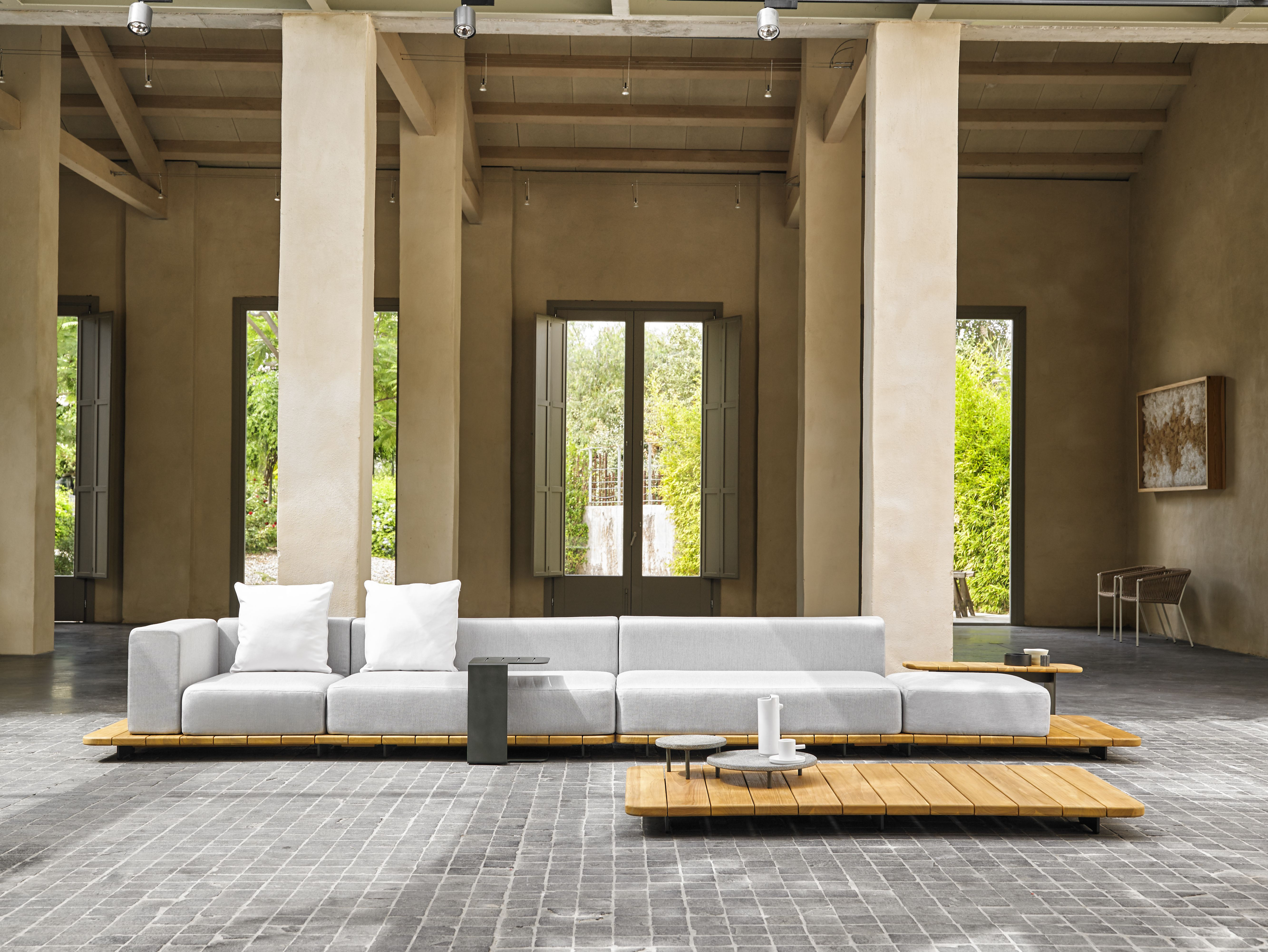 PAL outdoor modular lounge collection. Point www.point1920.com/en ...
