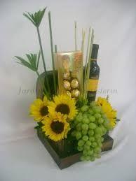 Arreglo De Flores Y Frutas Amarillas Google Search