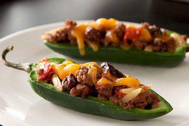 Chili-Stuffed Jalapeño Peppers