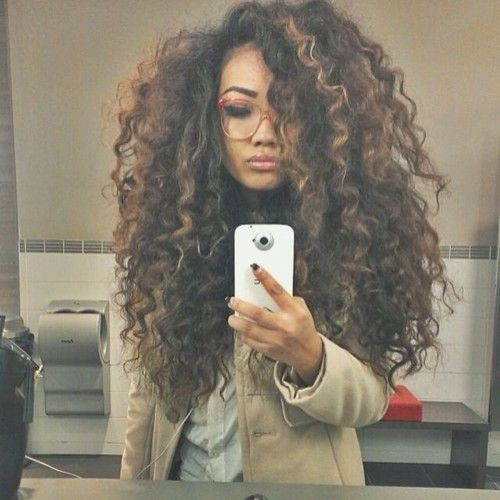 I Want To Have Big Curly Hair This Time How To Make That Happen Long Thick Curly Hair Sarah Chintomby Da Curly Hair Styles Long Hair Styles Hair Styles