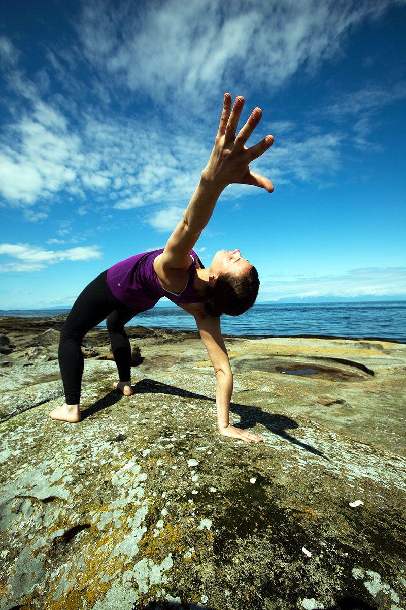 Galiano Island yoga retreat with Semperviva Yoga (med
