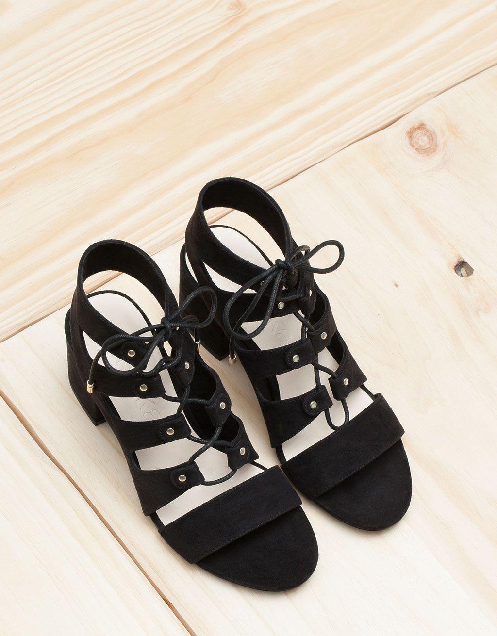 Low heel sandals, Low heels, Shoes sandals
