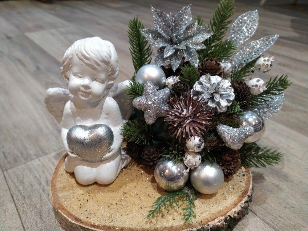 Stroik Swiateczny Z Aniolkiem Christmas Crafts Crafts Christmas Wreaths