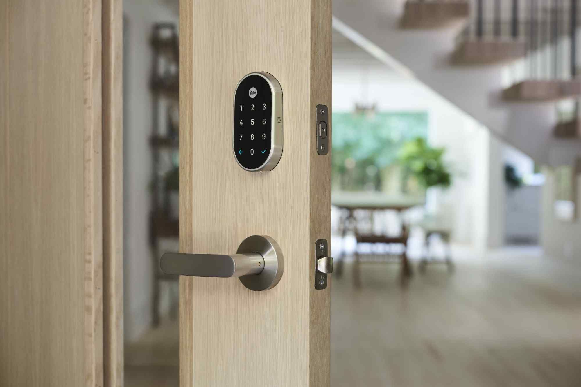 Reliable Locksmith Bloomington Mn Can Help With Your Commercial Locksmith Needs We Have Provided High Quality Locksmith Smart Door Locks Yale Locks Smart Lock