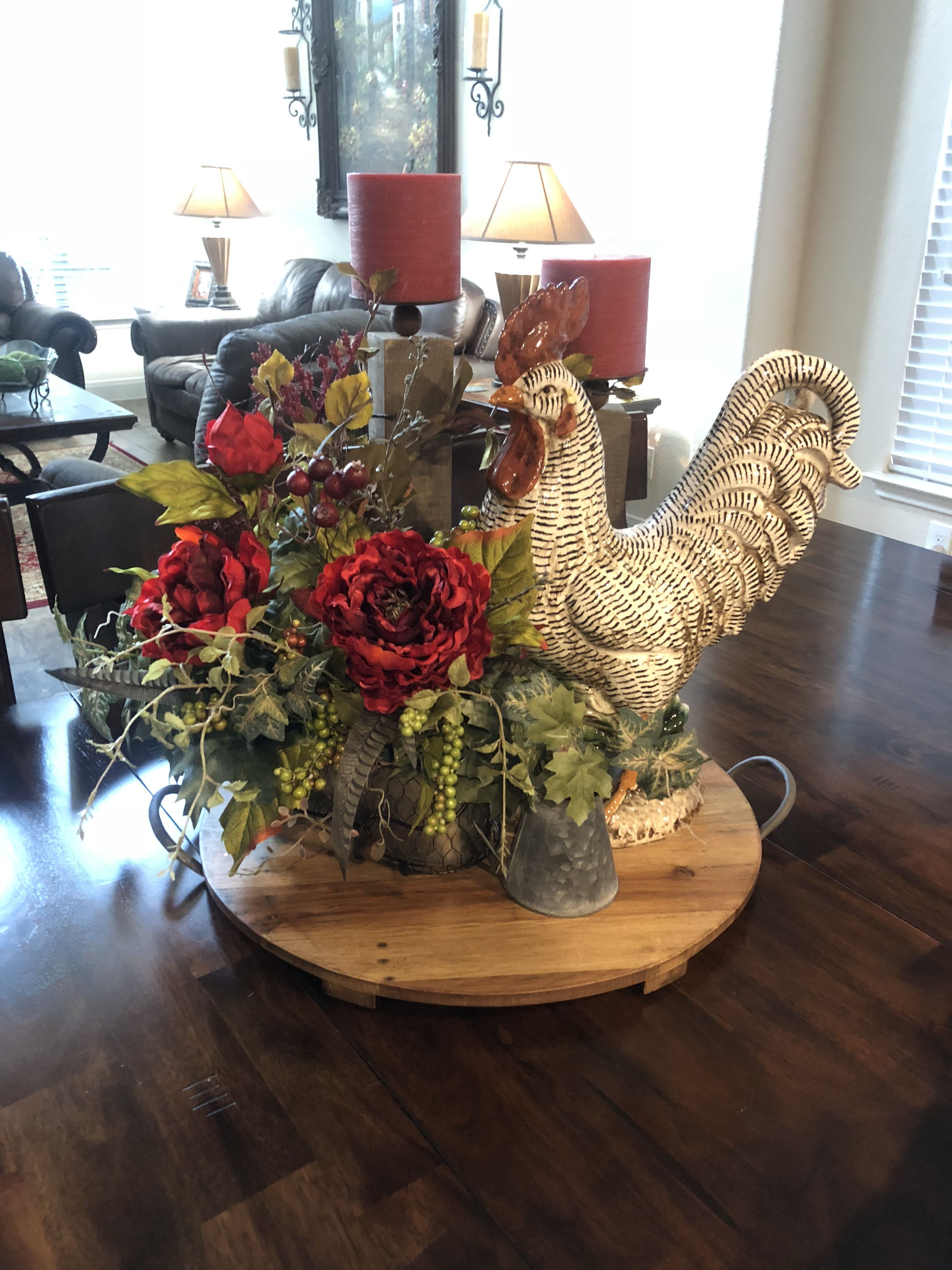 Rooster Decor In Living Room: Tuscan Decor In 2019