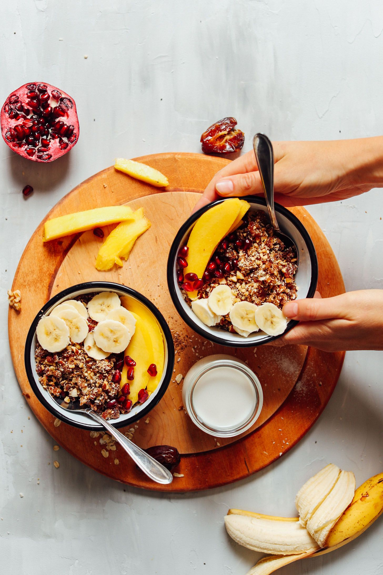 5 Minute Raw Nola Minimalist Baker Recipes Recipe Breakfast Recipes Sweet Sweet Breakfast Baker Recipes