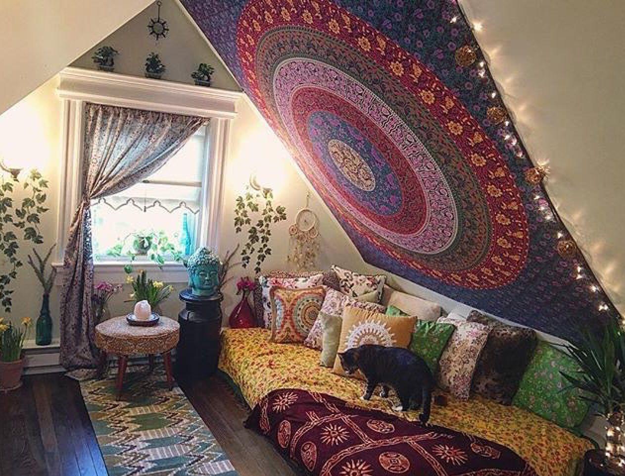 Studio idea yoga roomshome also simbolos magias terapias pinterest rh