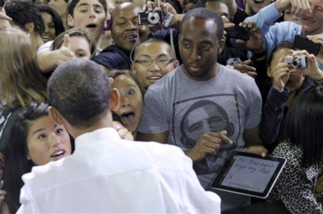 """Mr. President, sign my iPad"""