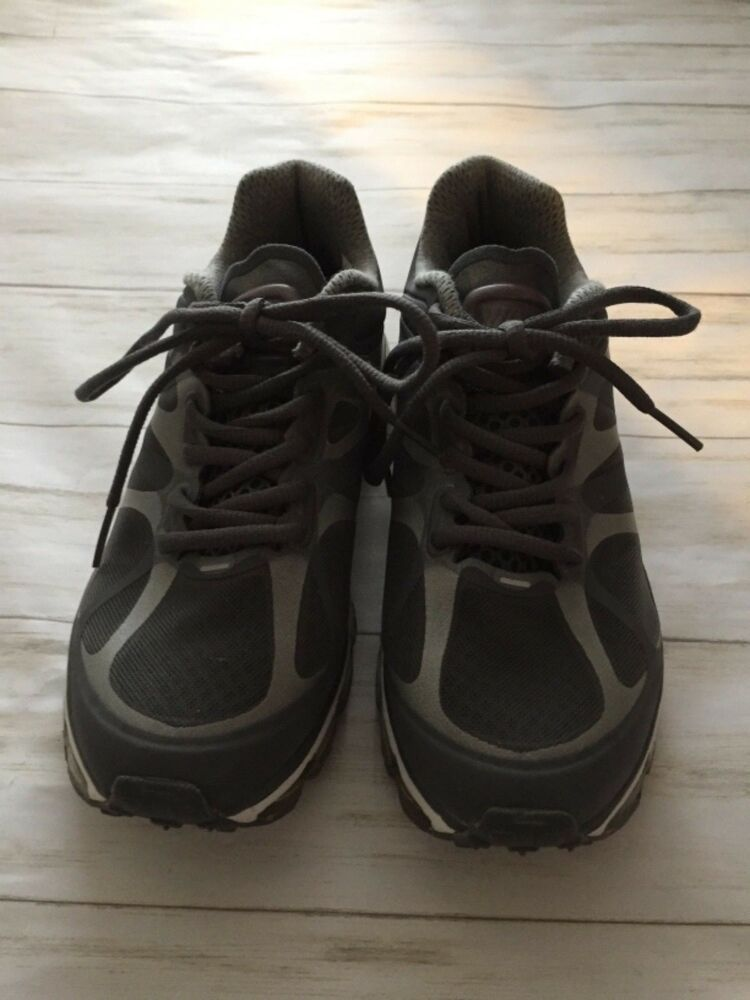 Nike AIR MAX FITSOLE 2 Size 7 (429889