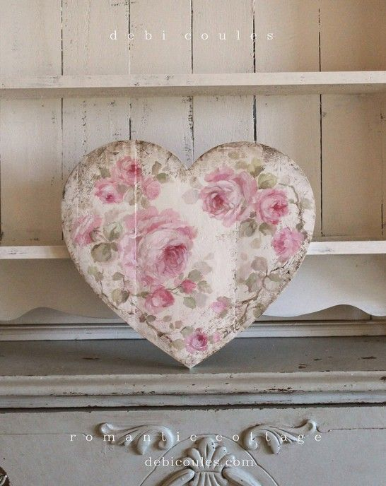 1cd7dd9ef83b8 Romantic Shabby Chic Vintage Style Medium Roses Heart. Image 1