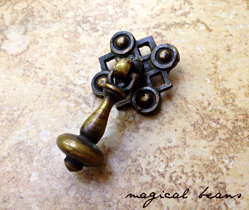 Antiqued Brass Tear Drop Pull / Decorative Restoration Vintage ...
