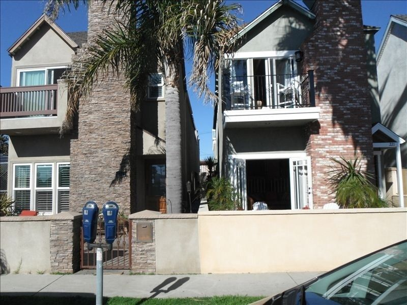 House Vacation Rental In Huntington Beach From Vrbo Com Vacation Rental Travel Vrbo 398855 Huntington Beach Huntington Beach Ca House Rental