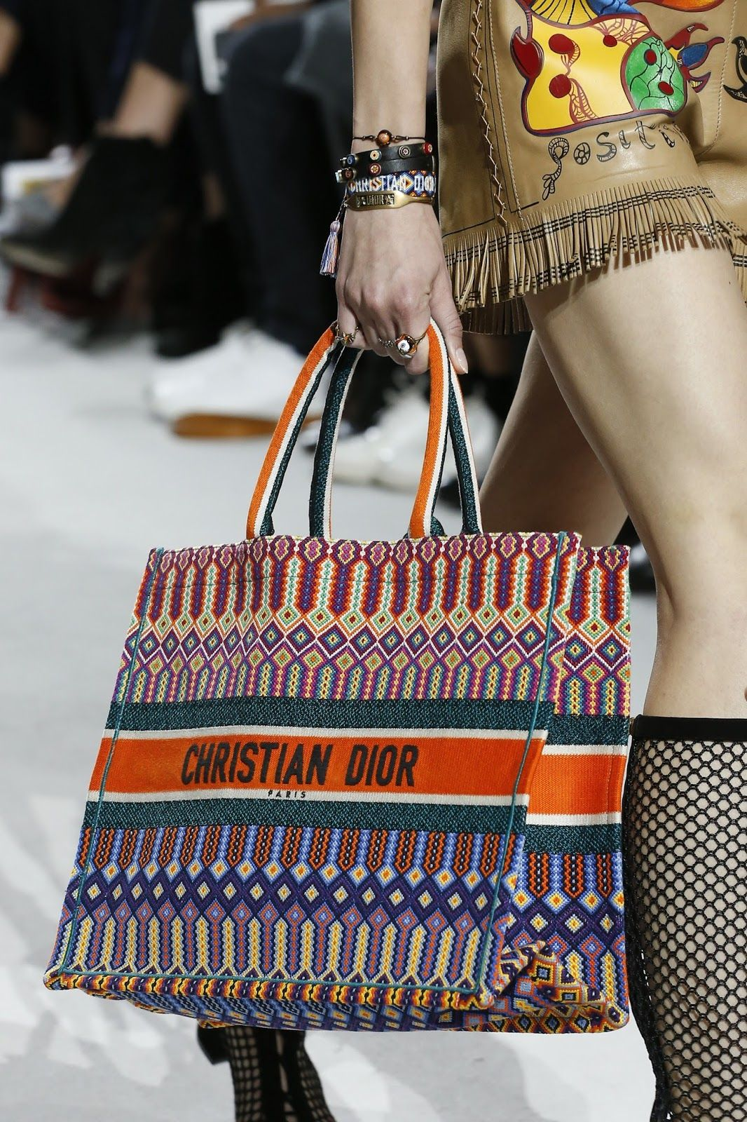ce1e332190ef2 BagAddicts Anonymous   PFW  Dior Spring Summer 18 Runway   Bags Report