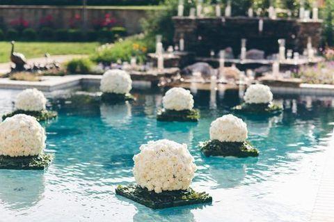 33 Cool Poolside Wedding Ideas Backyard Wedding Pool Pool Wedding Pool Wedding Decorations