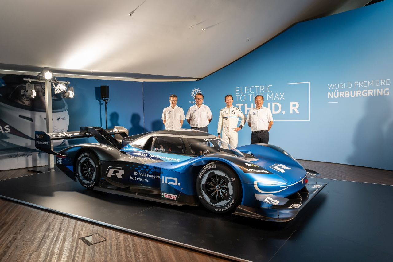 Volkswagen Id R Electric Race Car Gunning For The Nurburgring Lap Record Volkswagen Racing Race Cars