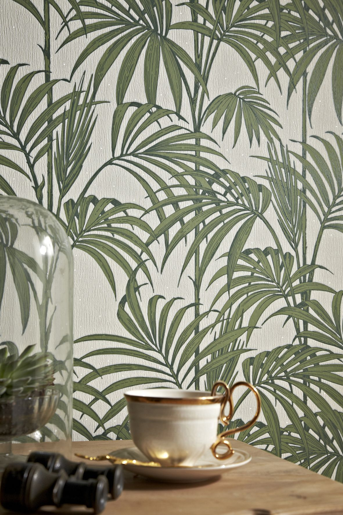 Behang Julien Mac Donald Van Graham Brown Palm Tree Flowers