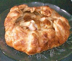 Easy apple pie apple galette baked just like oma caramel apple galette such an easy and elegant dessert http forumfinder Images