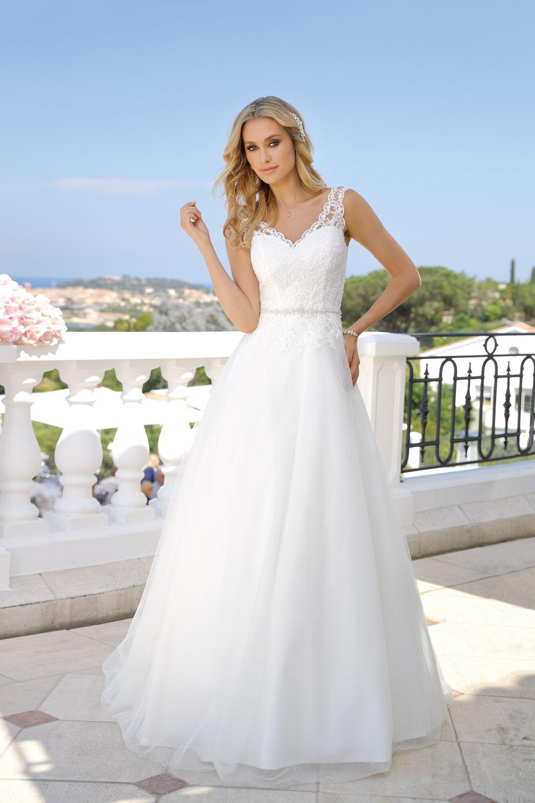 Photo of Ladybird 2019 wedding dress – 719010-2