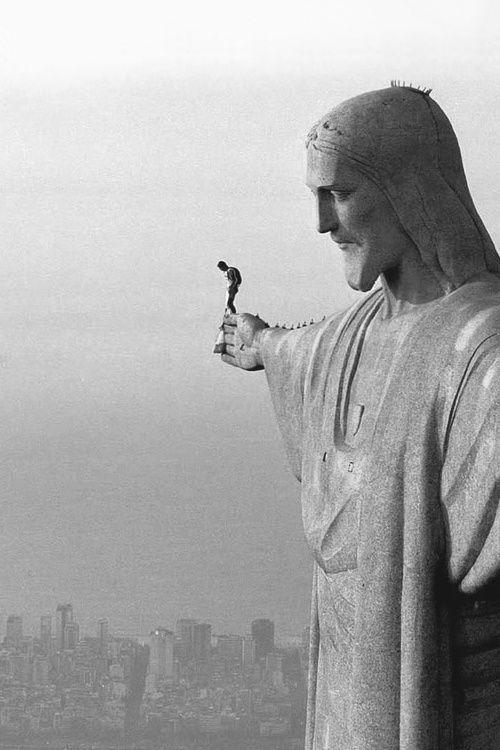 Kneeknocking Palmsweating Terrifying Heights Photos - Guy takes epic selfie top christ redeemer statue brazil